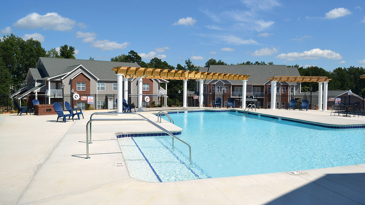 Lafayette Landing Apartments and Villas - Pool