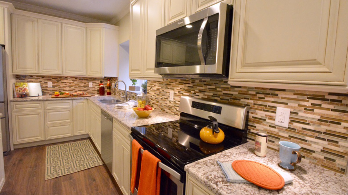 Bermuda Village - Independent Living - Kitchen