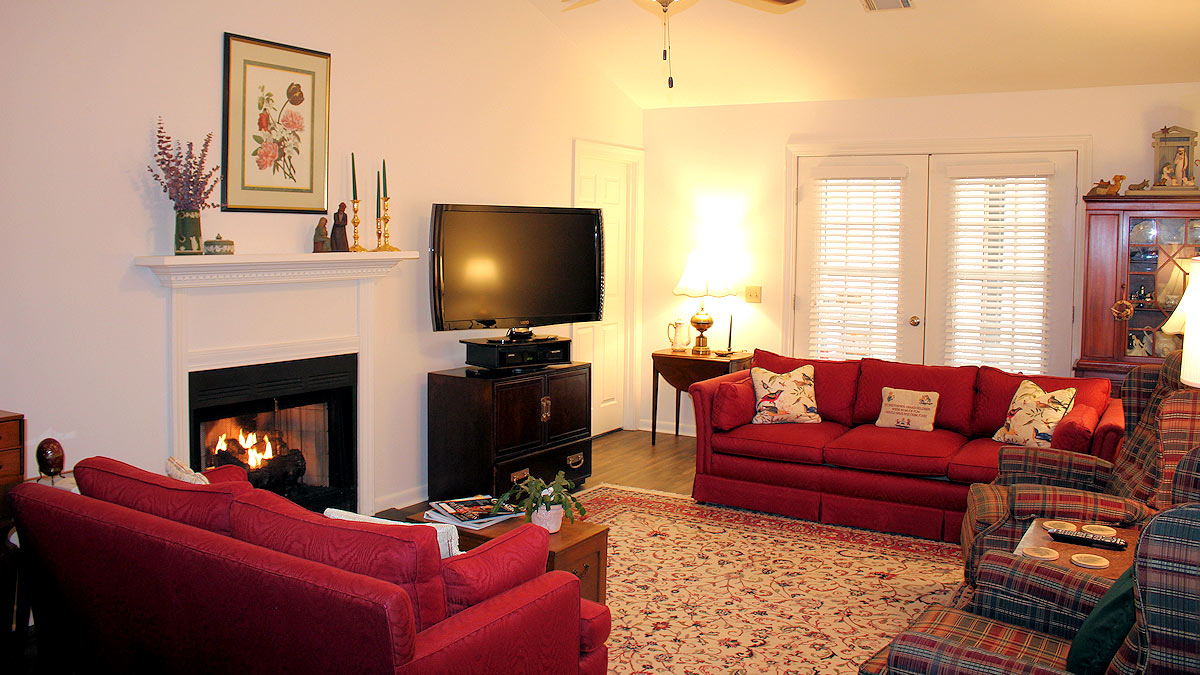 Countryside Village - Independent Living - Living Room