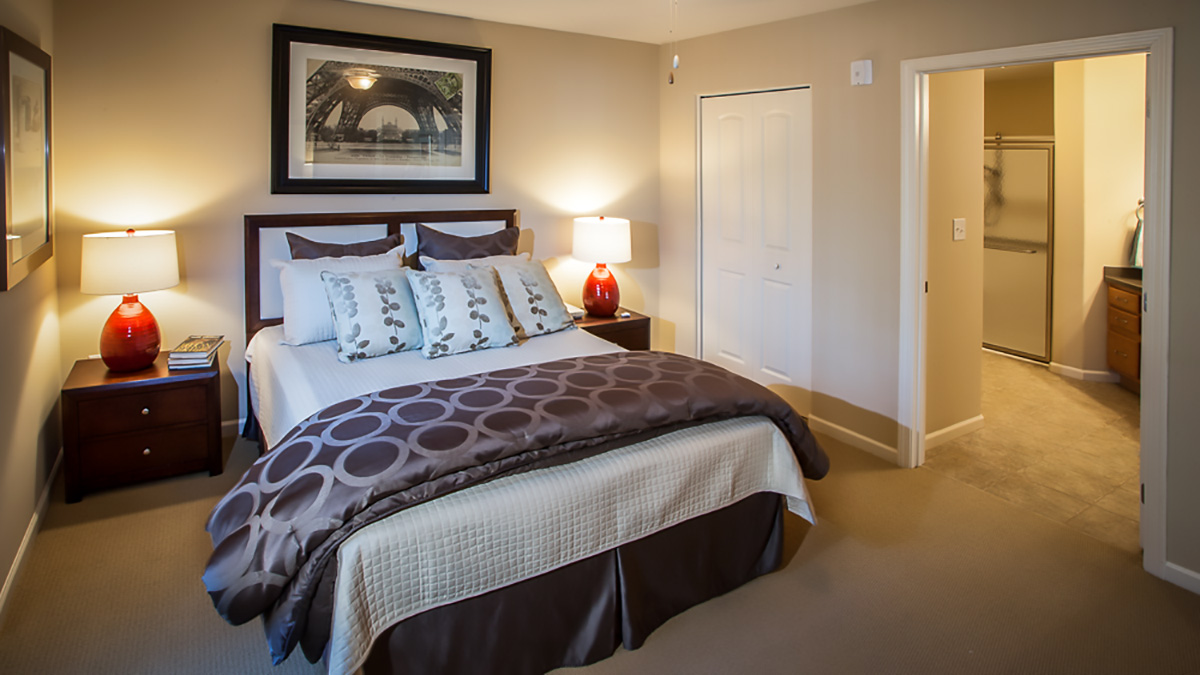 Preston Pointe - Independent Living - Bedroom