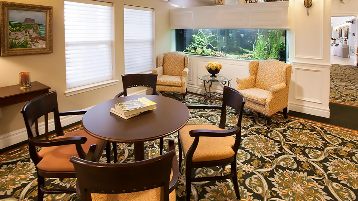 Preston Pointe - Independent Living - Parlor