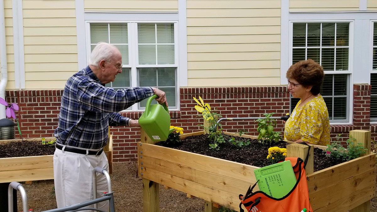 Salemtowne - Memory Care - Flowerbed
