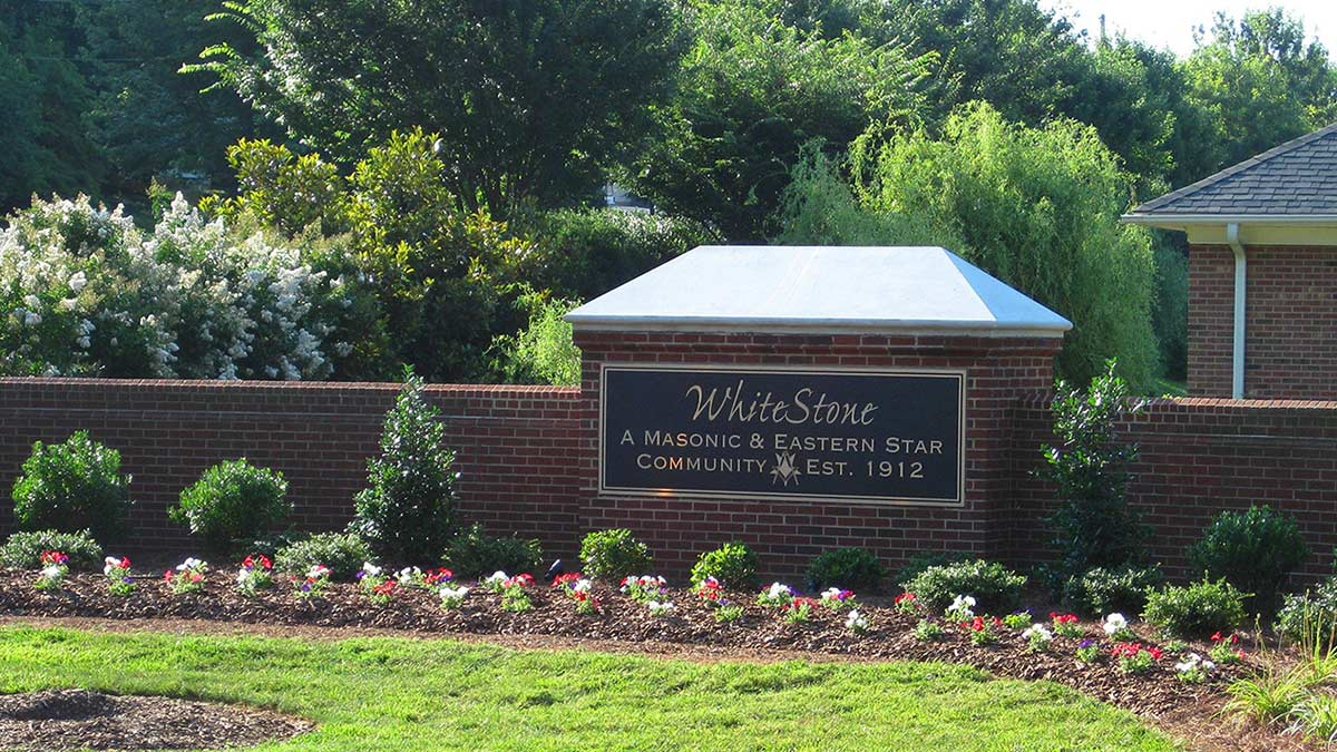 WhiteStone - Life Plan Community - Entrance