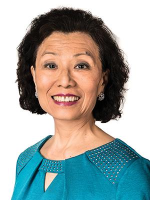 Frieda Y Lin - TruAura - Headshot