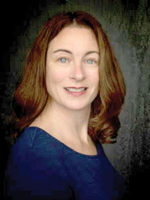 Louanne Caspar - Headshot