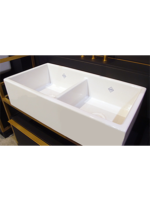 House of Rohl - Shaws Farmhouse Sinks - Feature